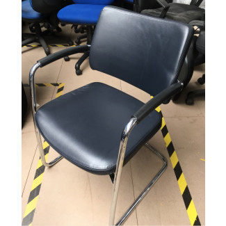 Boss Pro Meeting Chair