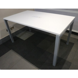 White 1400mm Team Table with Power/Data Pack