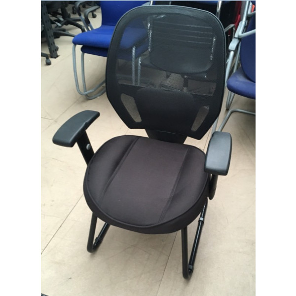 Black Mesh Back Meeting Chair