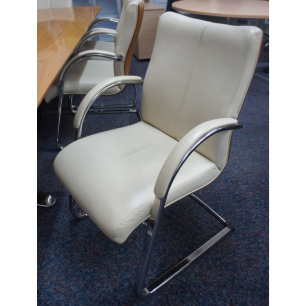 Hands of Wycombe Cream Leather Meeting Chair