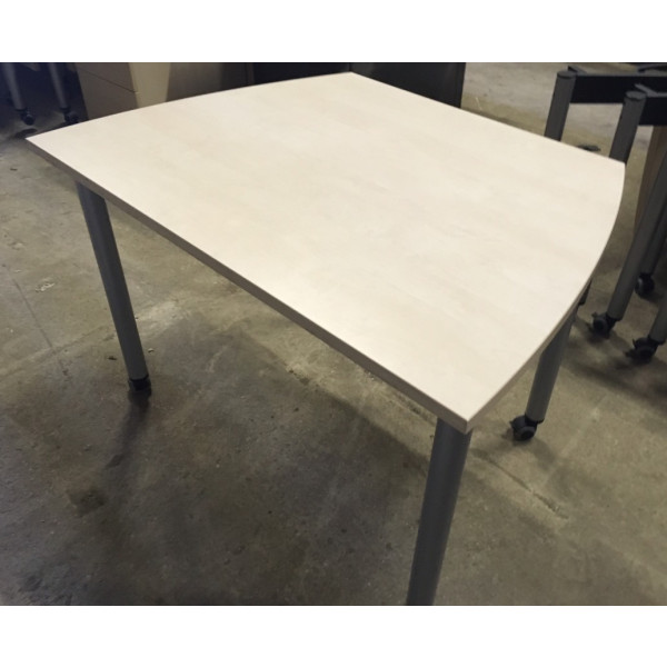 Maple Flip Top Table 1100 x 775