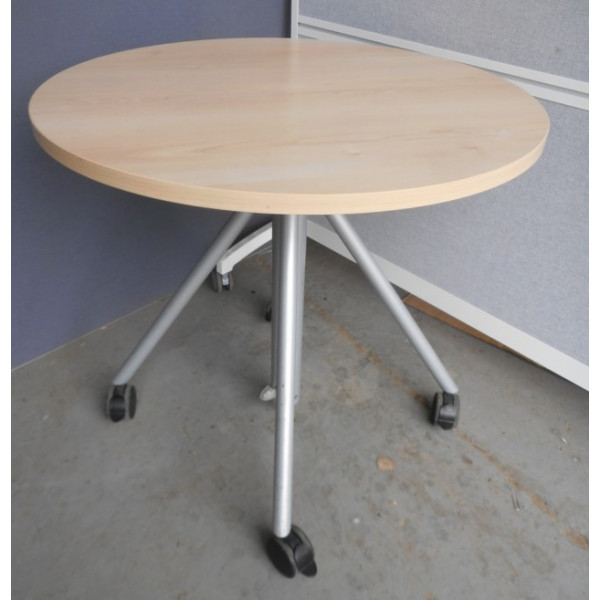 Maple 800dia Round Table