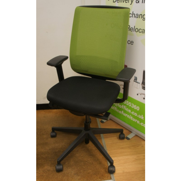 Steelcase Reply Lime Green Mesh Back Operators Chair