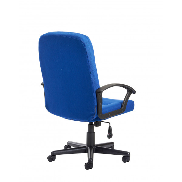 Cavalier Medium back managers chair - blue