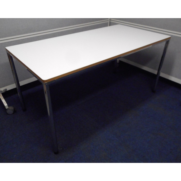 Kinnarps White 1500 Folding Leg Table
