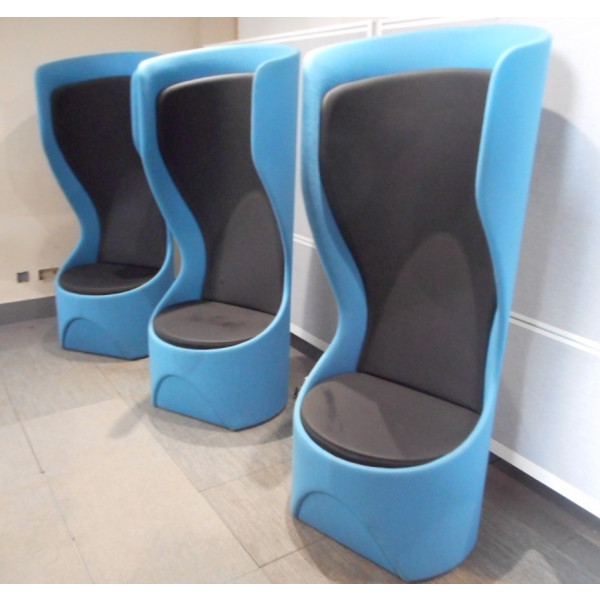 Frovi Hide Blue/Black Acoustic Pod