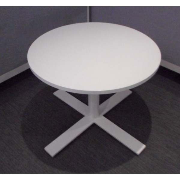 White 700 dia Coffee Table
