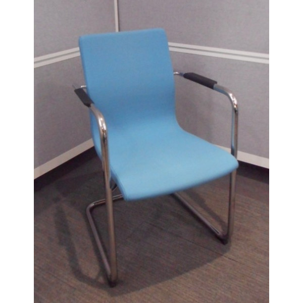 Skandiform Blue Meeting Chair