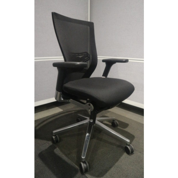 Techo Sidiz Series 50 Black Mesh Back Operators Chair