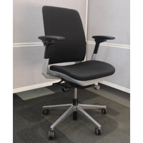 Steelcase Amia Black Operators Chair
