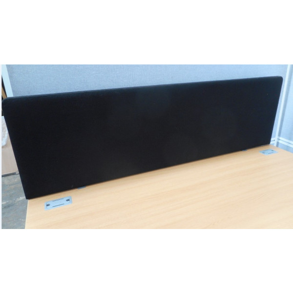 Black 1600 Desk Mounted Screen - As New