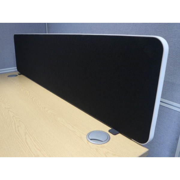 Imperial Black 1600w Desk Mounted Screen - As New
