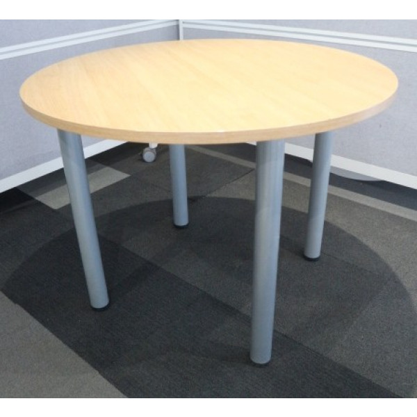 Oak 1000 diameter Meeting Table