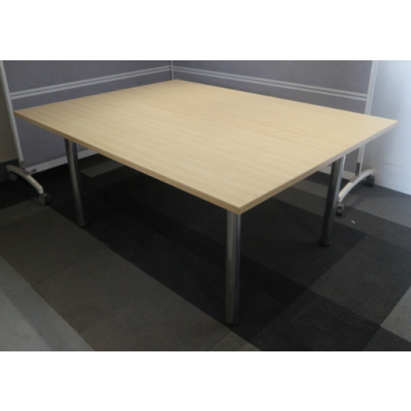 Maple Meeting 1600 x 1200 Table