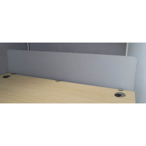 Perspex 1600w Desk Mounted Screen