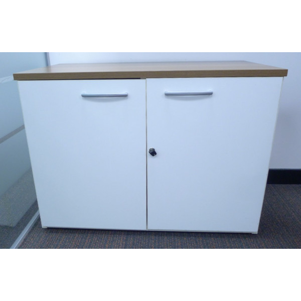 D/H White D/D Cupboard with Walnut Top