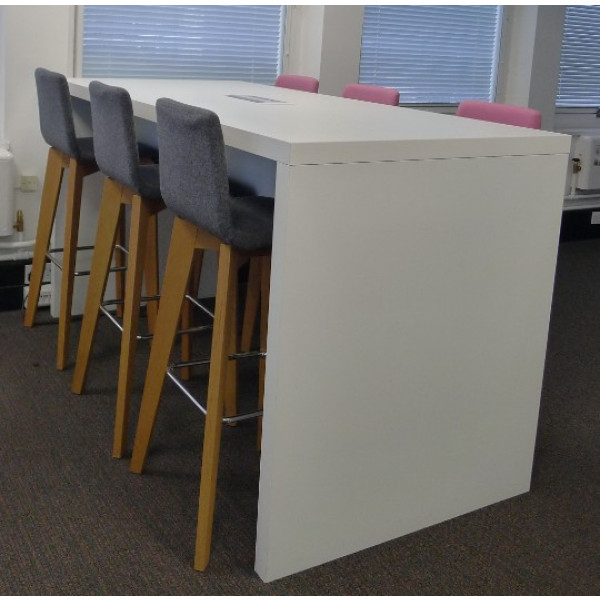 Frovi Block 1900 x 900 White High Table with Power/Data