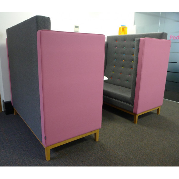 Frovi Jig Cave Grey & Pink Seating Booth