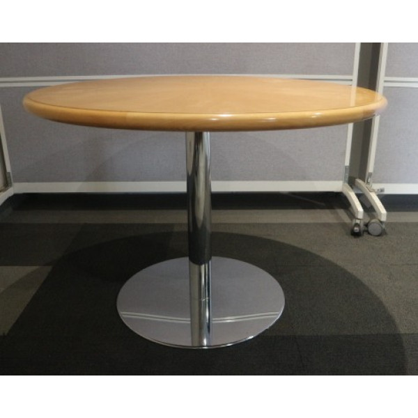 Beech Veneer 1000 diameter Meeting Table