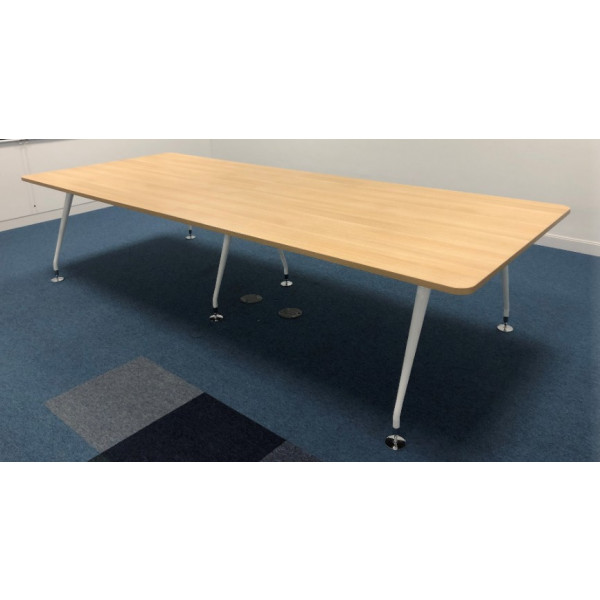 Mobili Oak 3200 x 1250 Meeting Table