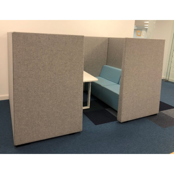 Grey/Blue 4 Person Booth with Table