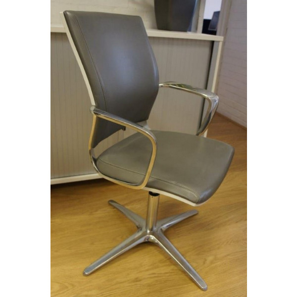 Klober MOT80 Grey Leather Meeting Chair