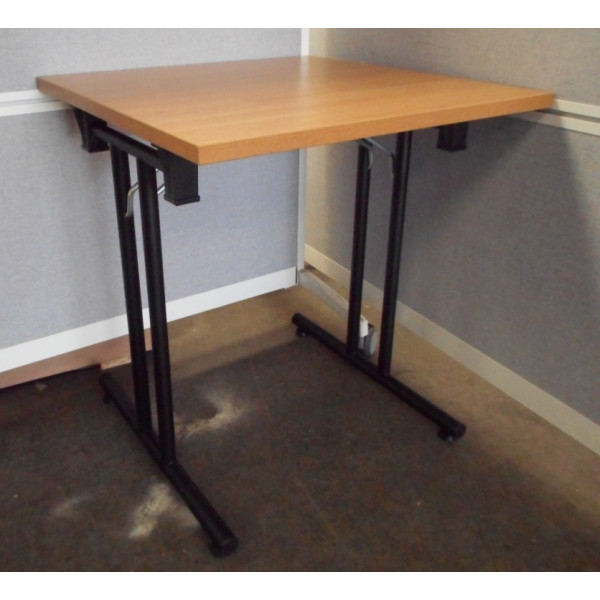 Senator Oak Table Folding Leg Table