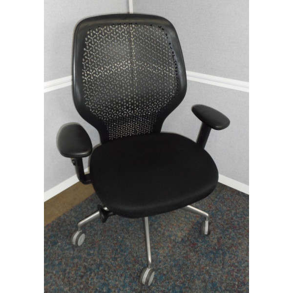 Orangebox Ara Black Operators Chair