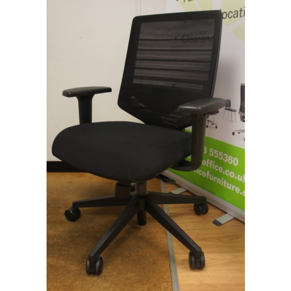 Techo Sidiz T30 Black Mesh Back Operators Chair