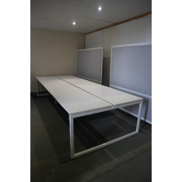 Narbutas Pod of 6 Straight White Desks