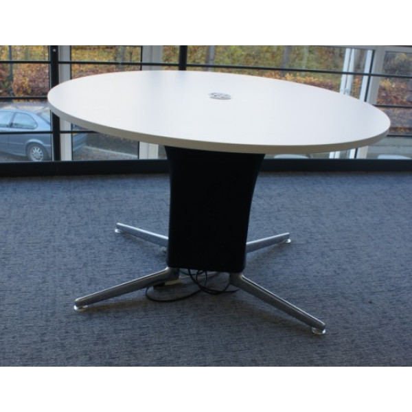 Senator 1200 Round White Table