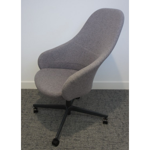Senator Ad Lib Grey Work Lounge Chair