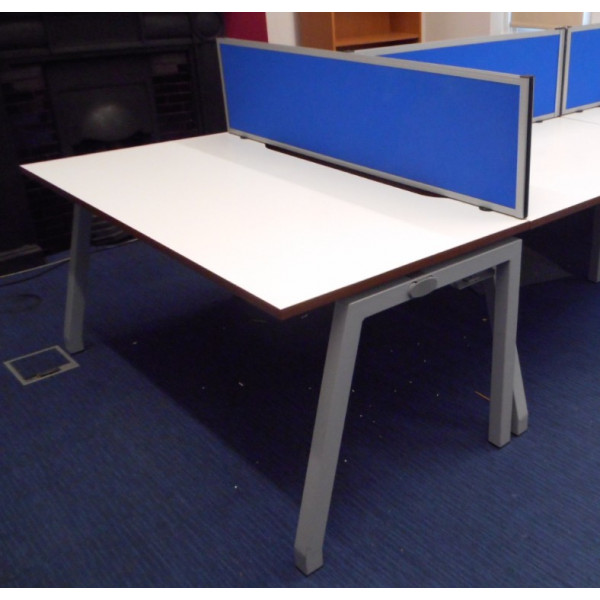 White 1600 Straight Desk with Blue D/M Screen