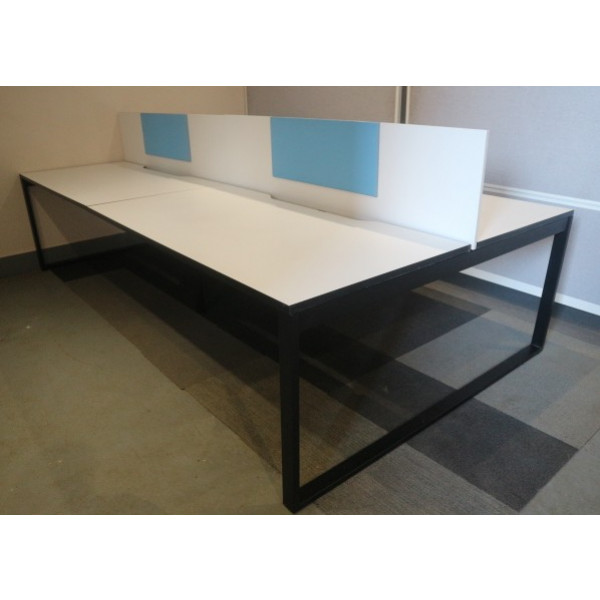 Nowy Styl Pod of 4 1600mm White Desks with White Screens Incl. Removable Blue Pinboards