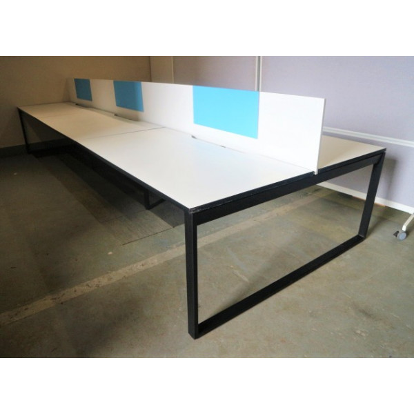 Nowy Styl Pod of 6 1600mm White Desks with White Screens Incl. Removable Blue Pinboards