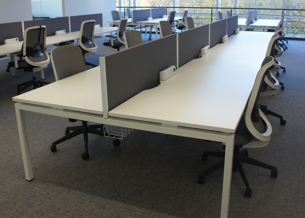Mobili Pod of 8 Straight White Desks with Grey D/M Screens